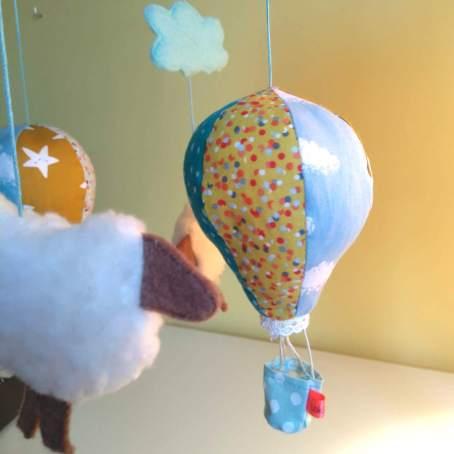 Lokipic - mobile moutons et montgolfières