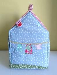 Lokipic - maison de poupée tissu